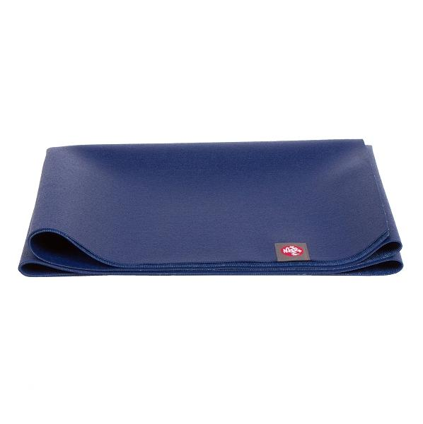 Manduka EKO SuperLite Yoga Reisematte - New Moon Dunkelblau