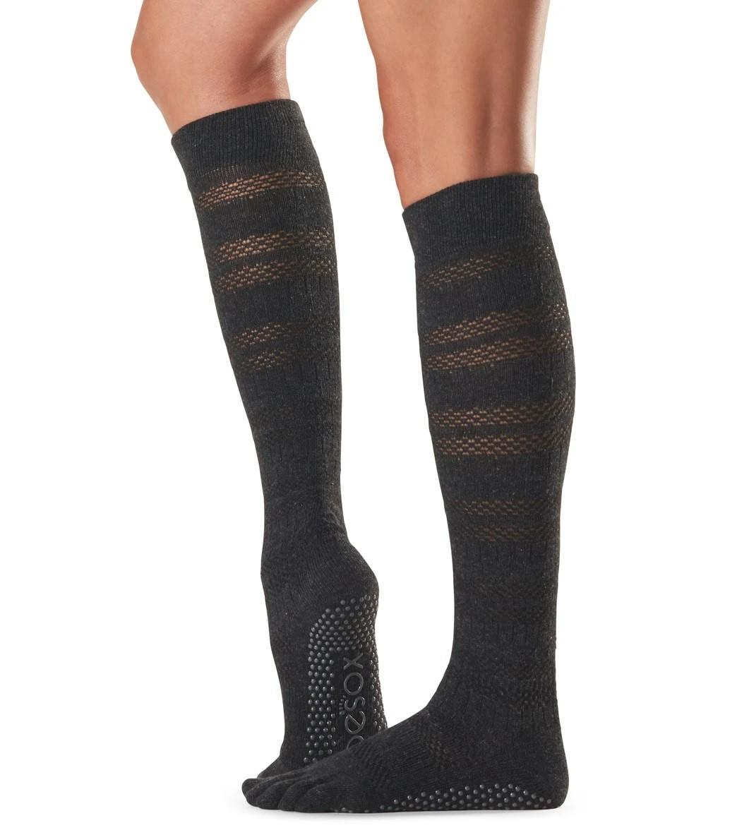 ToeSox Scrunch Knee High FT Grip Socks, merci black
